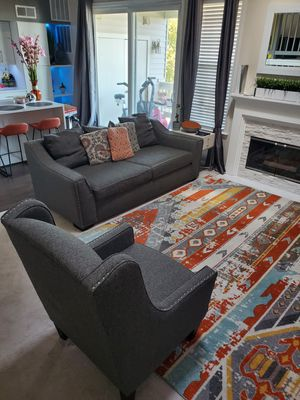 Love seat, chair, & rug for Sale in Fort Belvoir, VA
