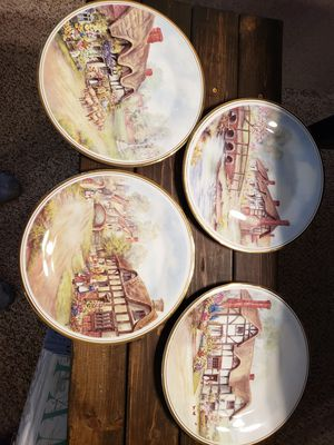 Vintage Royal Vale Bone China Saucer Plates for Sale in San Antonio, TX