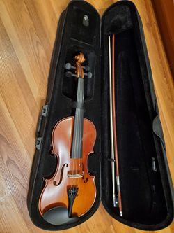 Violin & Bow With Case for Sale in Tualatin,  OR