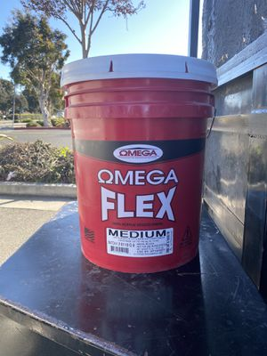 100% acrylic stucco finish medium best deal i have 5 gallons 65 pounds each new for Sale in Newark, CA