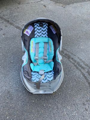 graco car seat with base great condition serious buyer only please price is fix pick up today from Renton for Sale in Renton, WA