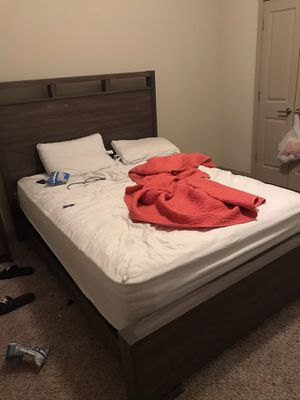 4 piece bedroom set plus sectional couch for Sale in Charlotte, NC