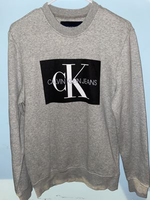 Calvin Klein T shirt for Sale in Columbus, OH
