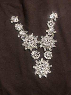Free Broken Jewelry for Sale in Los Angeles, CA