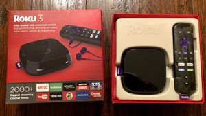 Roku 3 with voice search (model #4230R - 2015 model) for Sale in Kenmore, WA