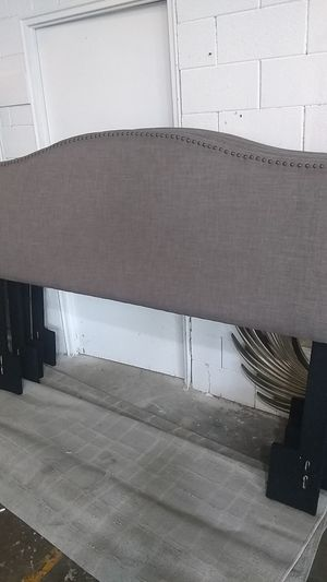 King headboard $75 sale today only 😎2759 Irving Blvd Dallas 75207😎 for Sale in Dallas, TX