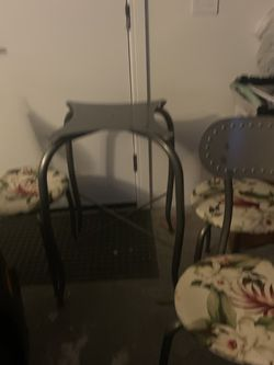 Glass Table 42 Inches , 4 Chairs for Sale in Seattle,  WA