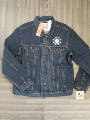 Levi's MLB Seattle Mariners Denim Trucker Jacket SZ L for Sale in San Diego, CA