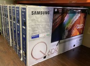 """82"""" SAMSUNG QLED UHD HDR SMART TV for Sale in Colton, CA"""