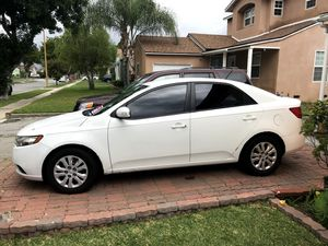 2010 Kia Forte CHEAP MUST GO price drop for Sale in Santa Fe Springs, CA