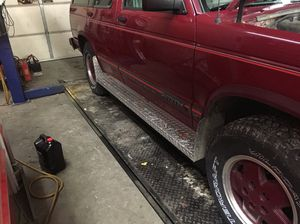 S10 gmc running boards for Sale in Entiat, WA