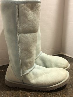 Ugg Women's Light Blue Suede Lined Boots Size 7 for Sale in Manassas,  VA