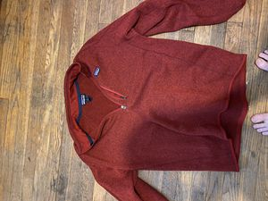Large Patagonia 1/4 zip for Sale in Reminderville, OH