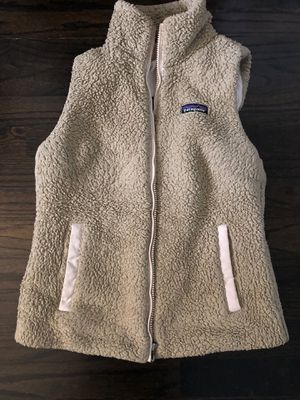 Women S Patagonia retro vest for Sale in Glen Ellyn, IL