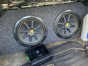 Kicker subwoofer and amplifier for Sale in Laurel, MD