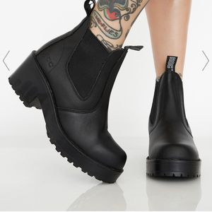 dolls kill platform boots y2k size 6 for Sale in Rosemead, CA