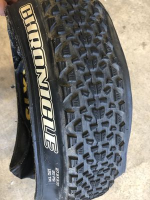 Maxxis Chronicle 27.5x3.0 Bike Tire for Sale in Roseville, CA