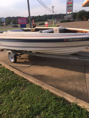 1988 bayliner inboard boat for Sale in Marietta, MS
