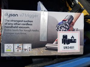Dyson v7 trigger for Sale in Fontana, CA