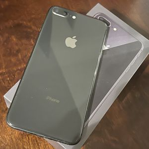 iPhone 8 Plus for Sale in Pittsburgh, PA