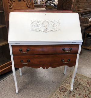 Beautiful Secretary for Sale in Belton, MO