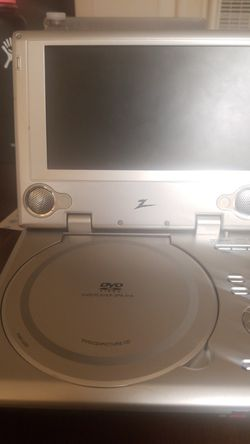 DVD PORTABLE PLAYER. And a Barnes and noble Nook. 50$ each for Sale in Hayward,  CA