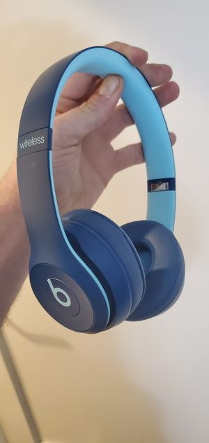 Beats solo 3 wireless for Sale in Hartford, CT