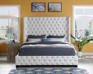 White Leather Diamond Bed for Sale in York, PA