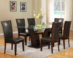 Dining glas table with 6 chairs for Sale in Puyallup, WA