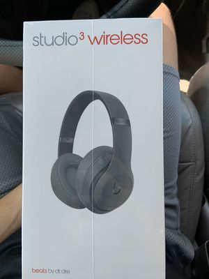 Beats studio 3 wireless NEVER OPENED for Sale in ELEVEN MILE, AZ