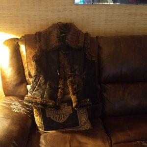 Fur Vest Size Large for Sale in Sun City, AZ