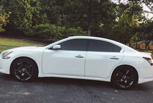 Heree 2010 Nissan Maxima 2WdWheels! for Sale in Baltimore, MD