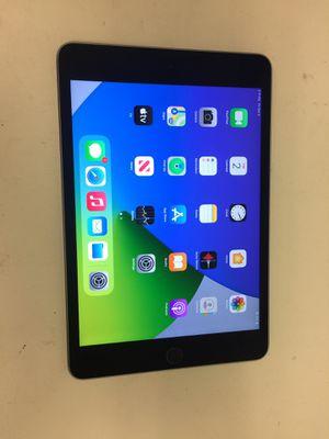 Apple ipad air 2nd gen 64gb wifi unlock with charger for Sale in Houston, TX
