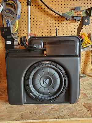 Chevy and gmc oem subwoofer for Sale in Hanford, CA