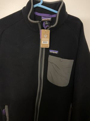 Patagonia Karstens synchilla brand new with tags sz medium for Sale in Chicago, IL