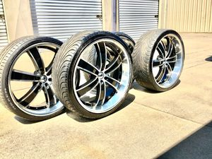 Black widow 24 inch rims for Sale in Modesto, CA