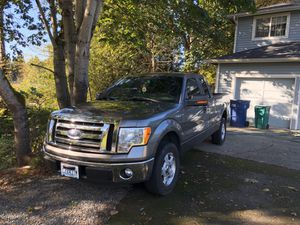 2012 Grey Ford F150 XLT SuperCab 6.5-ft. Bed 2WD 5.0L Coyote V8 for Sale in Bothell, WA