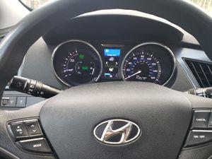 2013 Hyundai sonata hybrid for Sale in Falls Church, VA
