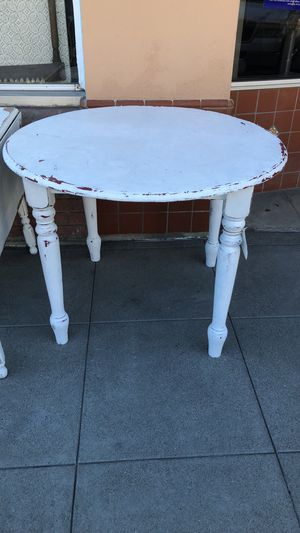 Shabby chic white round kitchen dining table for Sale in San Diego, CA