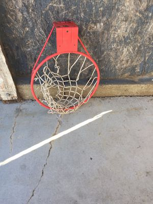 Basquetbol for Sale in March Air Reserve Base, CA
