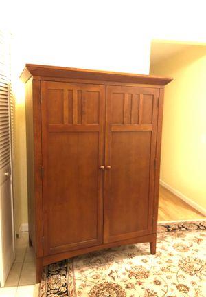 Computer hutch/armoire for Sale in Edmonds, WA
