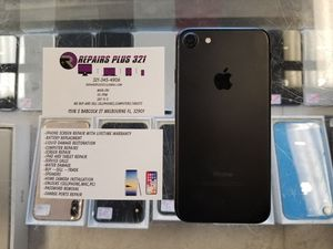 Unlocked Black iPhone 7 32gb for Sale in Melbourne, FL