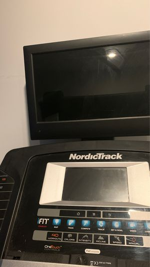 Treadmill nordicTrack for Sale in New York, NY