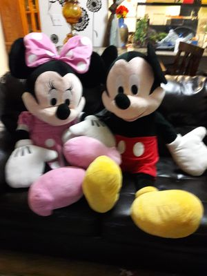 4 feet high oversized Minnie an Mickey for Sale in Santa Maria, CA