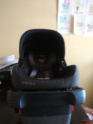 Free free freeUppababy Mesa Infant Carseat w Base for Sale in Roseville, CA