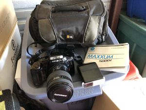 Minolta film camera 5000i case,Lens 70-210,flash for Sale in Sewickley, PA