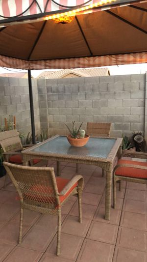 Martha Stewart Dining Patio for Sale in Avondale, AZ