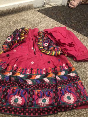 4 t Indian clothes for Sale in Milwaukee, WI