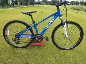 "Giant XTC 24"" MOUNTAIN Bicycle for Sale in Lauderhill, FL"