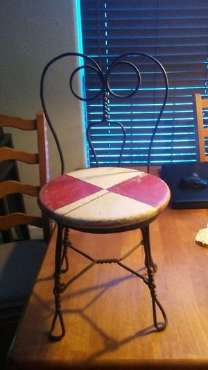 Antique child's chair for Sale in Crowley, TX